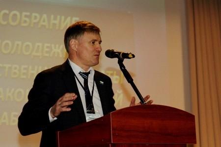 Сергей Луговской встретился с молодыми парламентариями